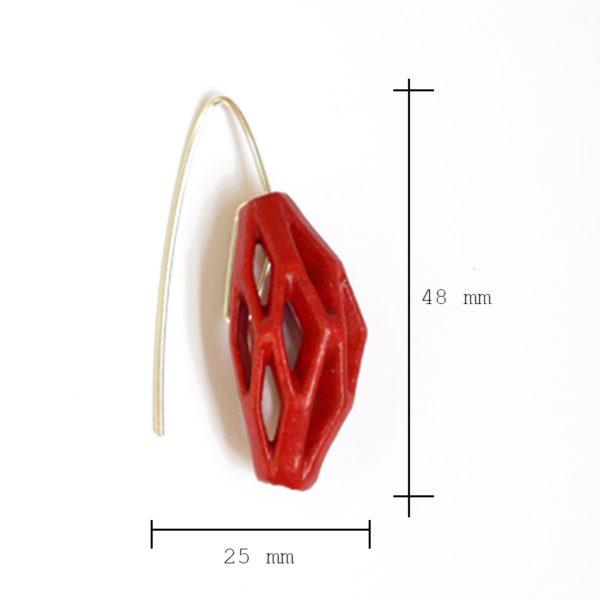 Dimensiones sobre pendientes colgantes diamotea rojos de BaRock jewelry
