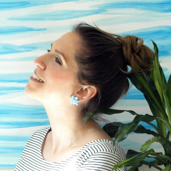 pendientesbelaki medios azul cielo de BaRock jewelry fotos sobre modelo